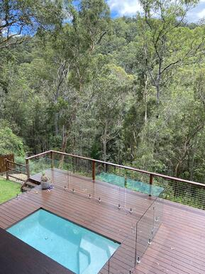 mudgereba-wire-balustrade-689-pool-deck