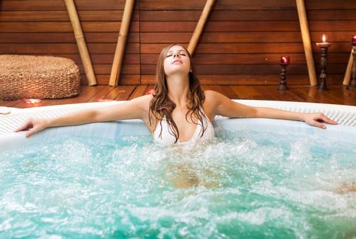 spa bath on wooden deck.jpg