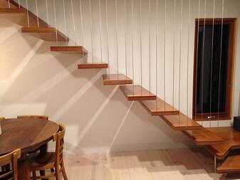 vertical wire staircase.jpg